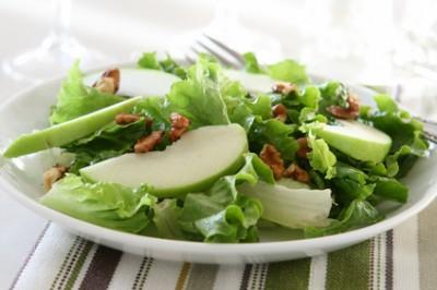 Apple, Brie & Pistachio Salad